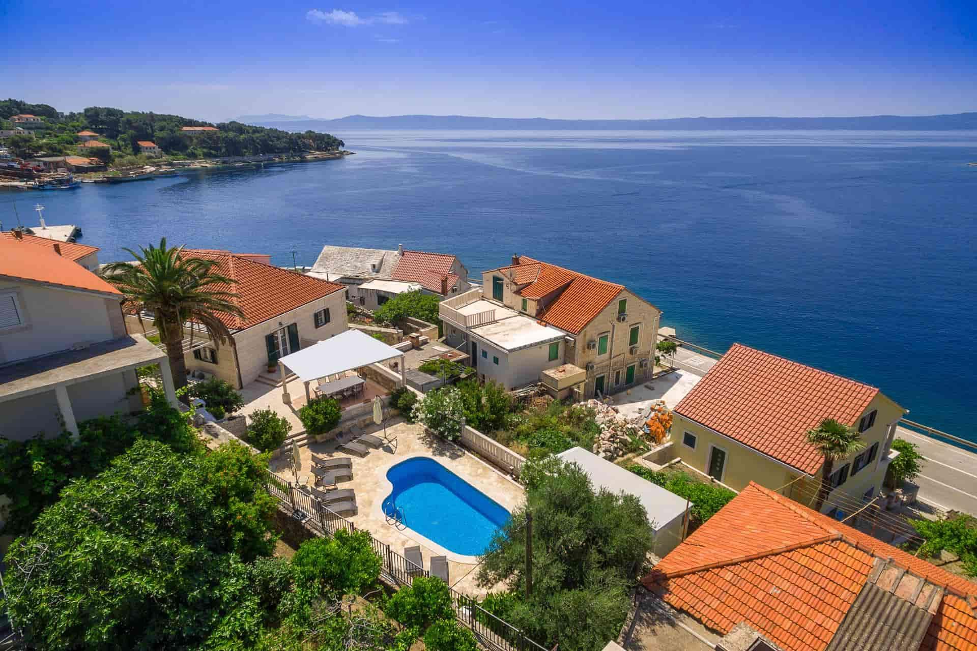 Kamena vila, 50 metara od mora, prekrasan pogled
