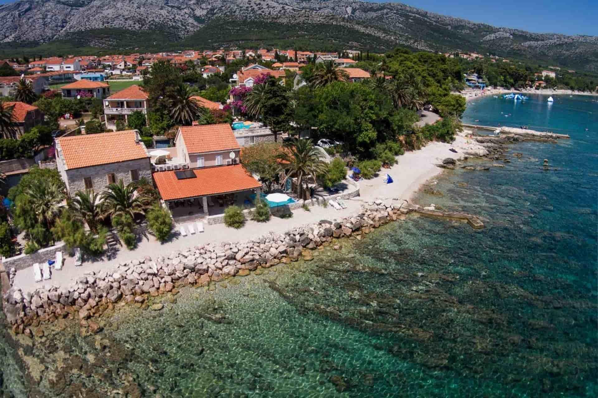 Luksuzna vila na Pelješcu, 1 metar od mora