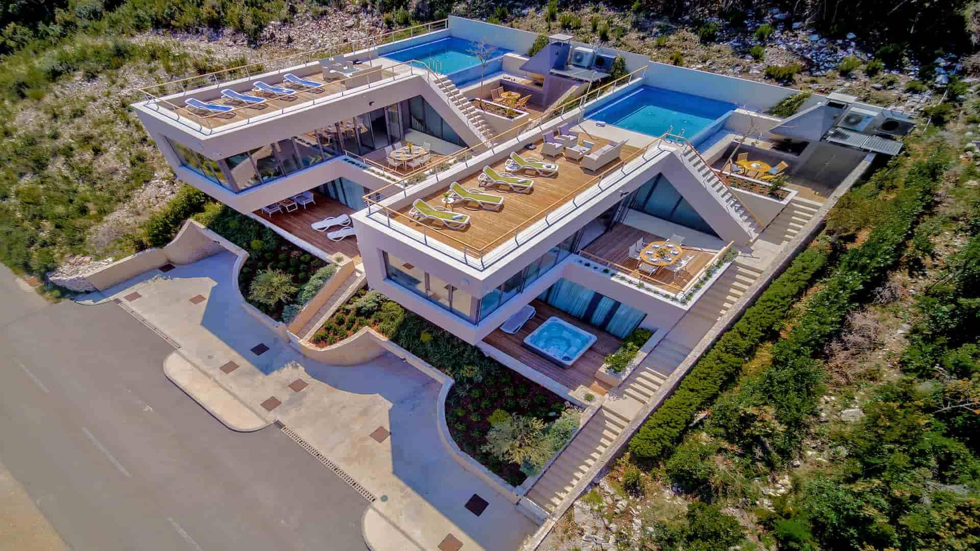Luksuzna vila s infinity bazenom i pogledom