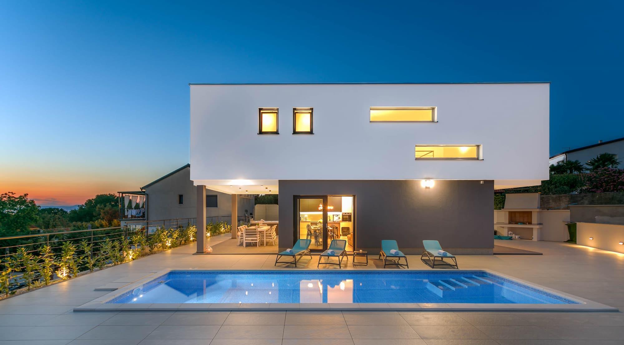 Luxusvilla mit Pool, Whirlpool, schone Meerblick
