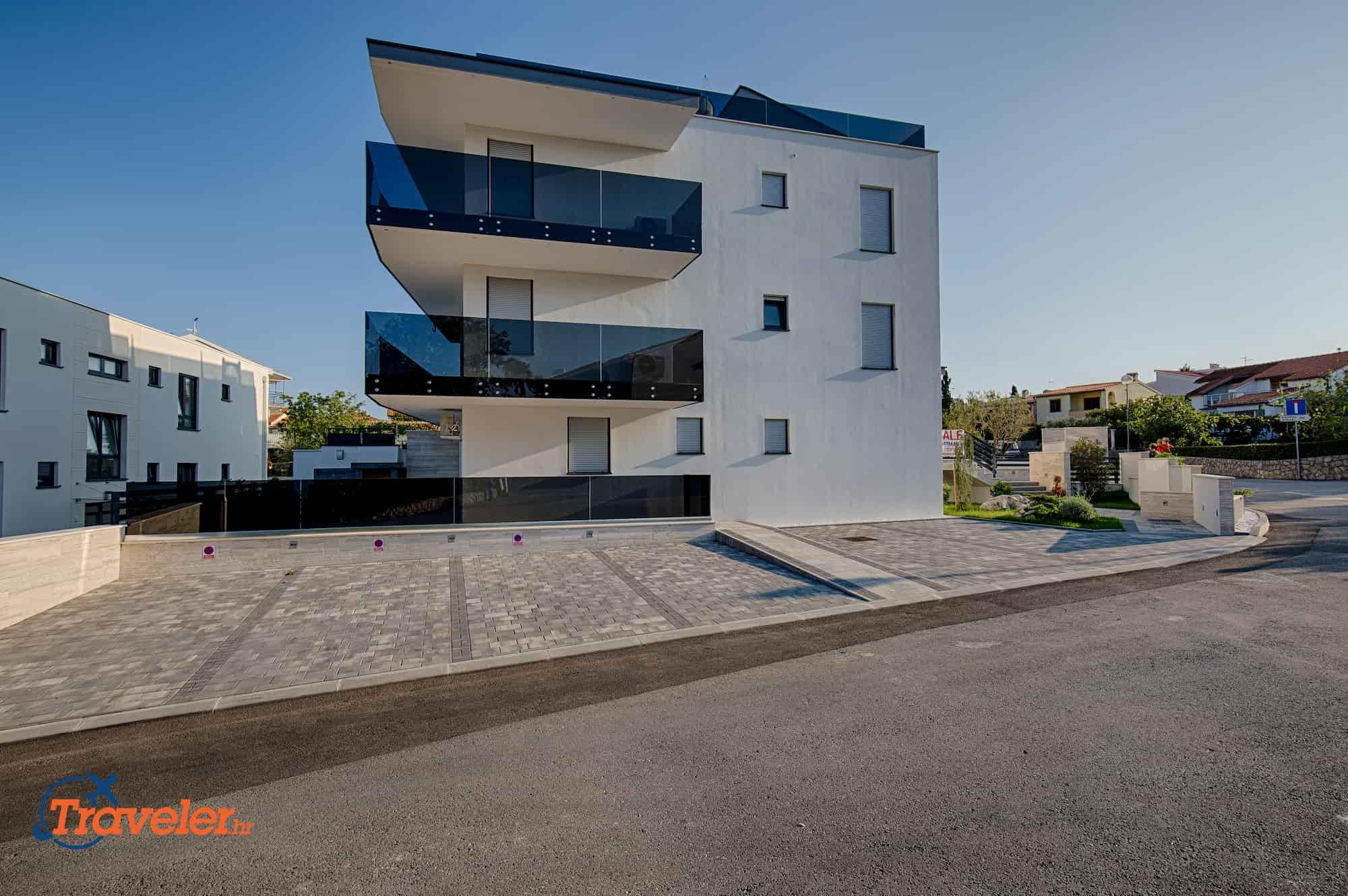 Luxus Wohnung Olive , 100 Meters vom dem Strand